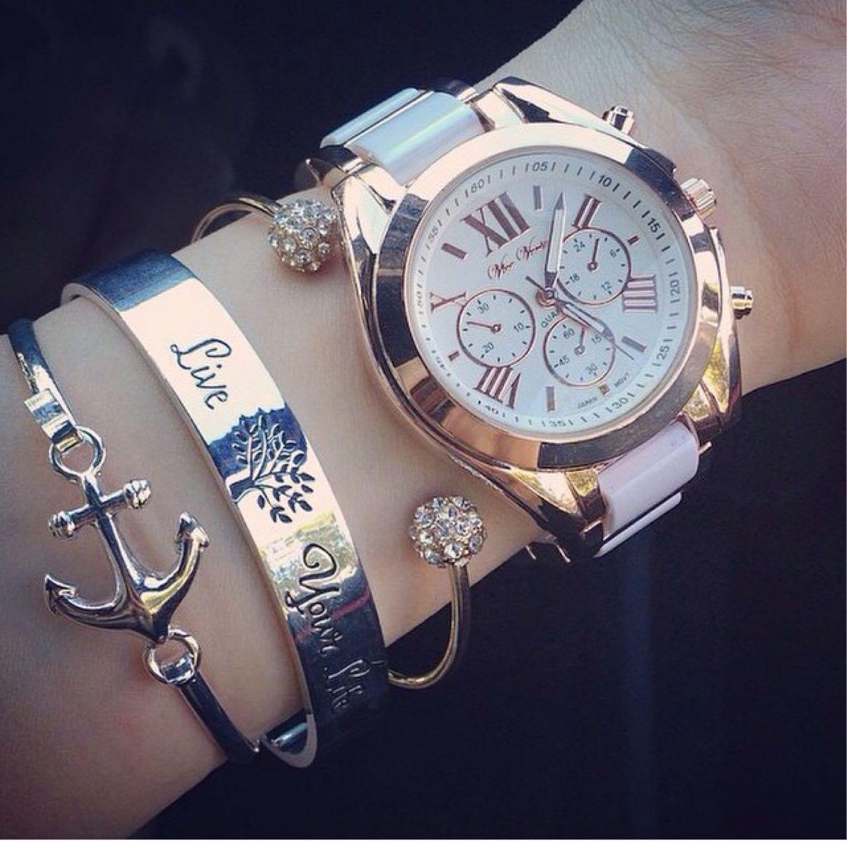 Какви часовници харесват момичетата - хипстър.